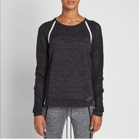 46ebd4ef437 Nike Women's tech Knit crew sweater in black